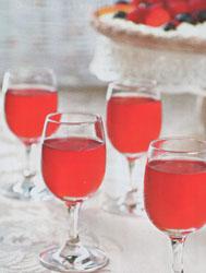 Как приготовить ягодную наливку «Ассорти»
