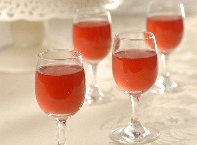 Рецепт ягодной наливки «Ассорти»