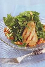 Зеленый салат с грушами-гриль