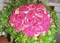 салат с курицей и опятами розовый букет