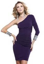 Платье для выпускного с приталенным фасоном