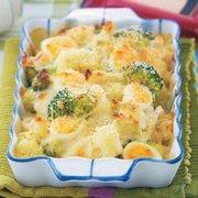 Цветная капуста и брокколи с фундуком под сырной корочкой