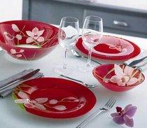 Красивая и модная посуда — выигрышный вариант подарка для каждой хозяйки