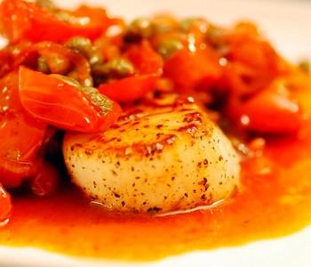 Рецепт приготовления гребешков с соусом «Кровавая Мери»