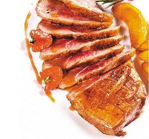 Утиная грудка магрэ с малиновым соусом Фото 11
