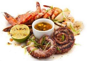 Так выглядят готовые морепродукты на гриле