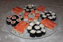 "Готовим суши ""Сяке маки"" и ""Филадельфия"""