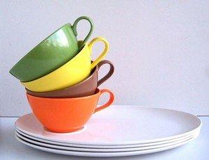 Разноцветные чашки помогают похудеть
