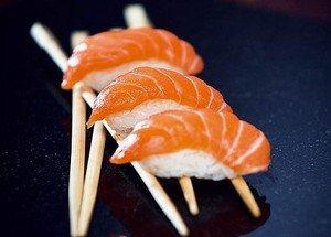 Рыба - это неотъемлемый ингредиент японских суши