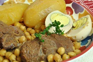Приготовление хамина по-мароккански