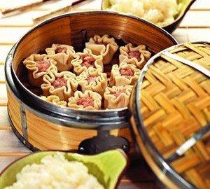Ингредиенты для приготовления вонтонов (китайских пельменей)