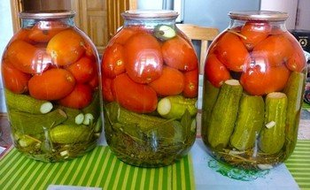 Ассорти на зиму: помидоры с огурцами