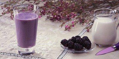 Рецепт приготовления молочно-ежевичного напитка