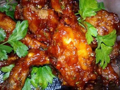 Рецепт приготовления лягушачьих лапок в томатном соусе