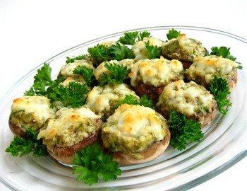 Рецепт приготовления дома фаршированных грибных шляпок