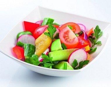 Овощной салат из помидор