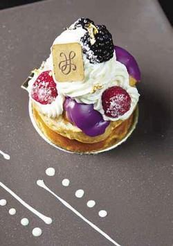 Готовим французское ежевичное пирожное своим дамам на День Святого Валентина