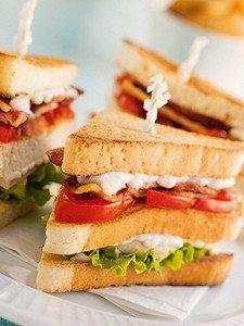 Рецепт приготовления вкусного сэндвича с оригинальным соусом «Цезарь»