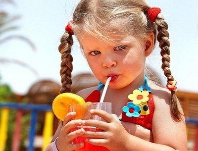 Готовим полезные напитки для детей