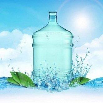 Вода в кулинарии: выбираем бутилированную