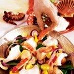Выкладываем в катаплану рыбу (или морепродукты)