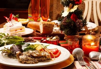 Как празднично украсить новогодние блюда
