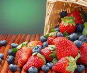 Ягоды и фрукты в русской кухне